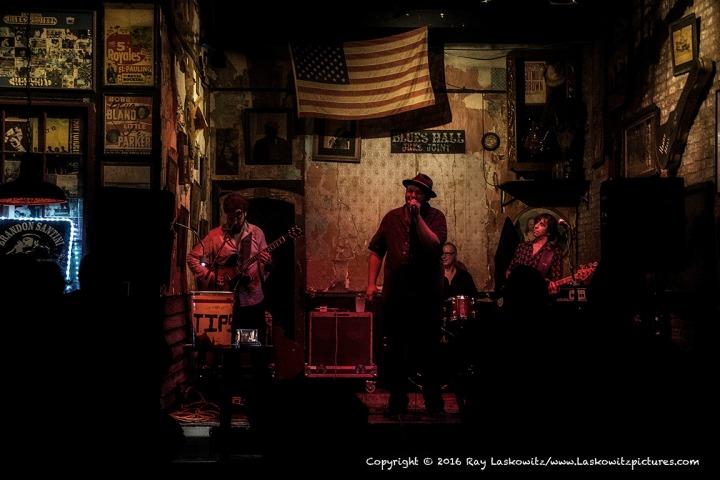 Blues in Memphis.